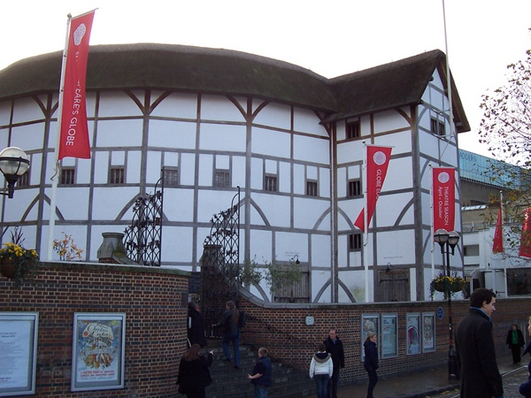Zajděte si do divadla Globe na Shakespeara, ceny vstupného začínají již na 5 £ | © n_willsey